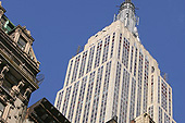 L'empire State building a été inauguré en 1931.