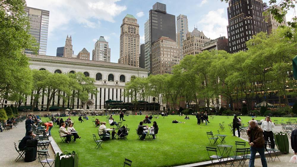 Bryant Park e la New York Public Library