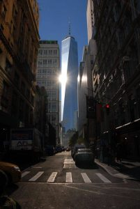 Reflet sur soleil sur la One World Trade Center