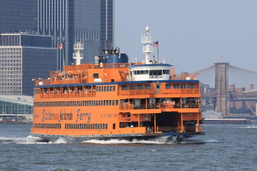 Il ferry di Staten Island a New York